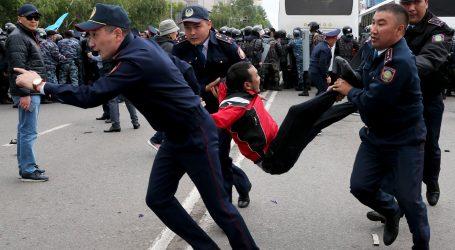 U Kazahstanu uhićeno više desetaka prosvjednika