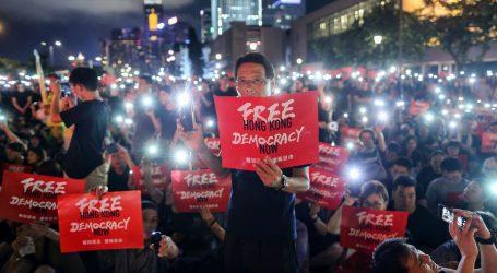 Sukob policije i prosvjednika u Hong Kongu uoči mimohoda za demokraciju