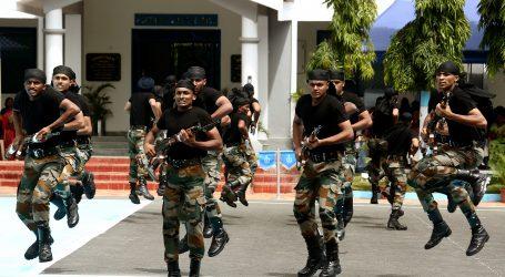 Indija raspoređuje 10.000 pripadnika paravojnih snaga u Kašmir