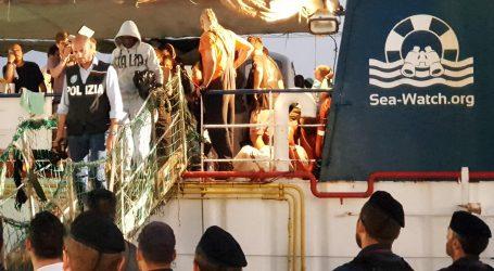 Talijanska humanitarna organizacija spasila 54 migranta kod libijske obale