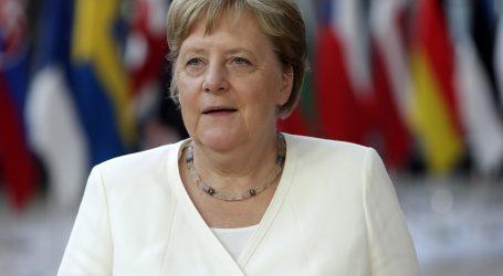 Merkel uoči godišnjice atentata na Hitlera pozvala na borbu protiv ektremne desnice