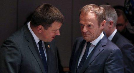 Tusk obustavio daljnje razgovore, summit se nastavlja sutra