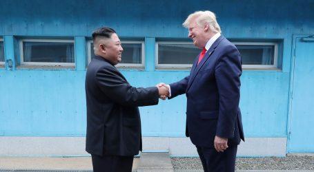 """Sjeverna Koreja kaže da je susret Kima i Trumpa """"nevjerojatan događaj"""""""