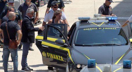 Njemačka kapetanica Sea Watcha tužit će Salvinija zbog klevete