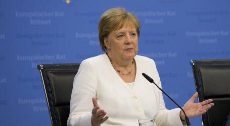 Estremna desnica nanijet će udarac uzdrmanoj Merkelinoj koaliciji