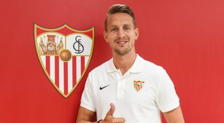 Sevilla iz PSV-a dovela napadača Luuka de Jonga