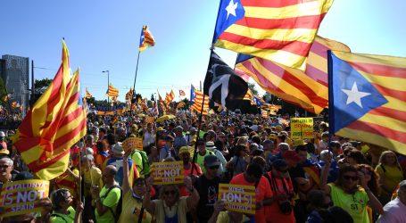 Nekoliko tisuća katalonskih prosvjednika ispred Europskog parlamenta