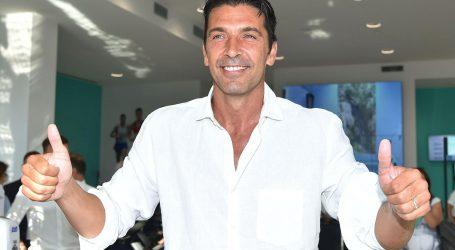 Buffon se vratio u Juventus, dočekali ga oduševljeni navijači