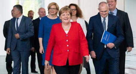 Većina Nijemaca misli da je zdravlje kancelarke njezina osobna stvar