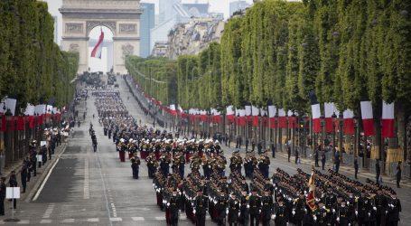 PARIZ Više od 150 privedenih u neredima nakon svečanog mimohoda