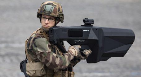 Troje mrtvih u pucnjavi na jugu Francuske
