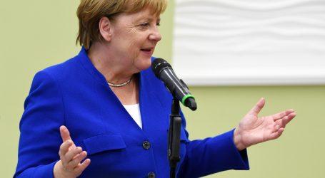 MERKEL 'Na čelo Europske komisije dolazi predana Europljanka'