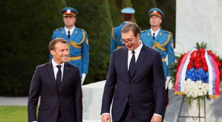 """Macron završio posjet Srbiji koji se u Beogradu ocjenjuje kao """"povijesni"""""""