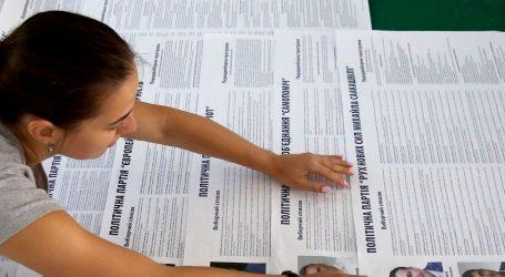 Ukrajinci glasaju na prijevremenim parlamentarnim izborima