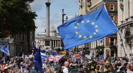 Johnson i Hunt, dvojica konzervativaca spremna na Brexit bez sporazuma
