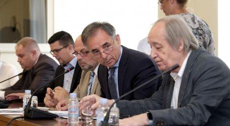 Odbor za nacionalne manjine pozvao Vladu da postavi dvojezične ploče u Vukovaru