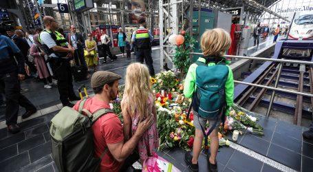Čin Eritrejca koji je majku i djete gurnuo pod vlak šokirao Njemačku
