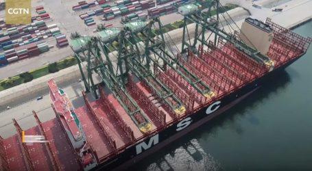 VIDEO: Najveći nosač kontejnera MSC Gulsun