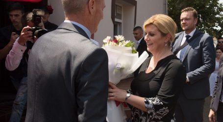 """Grabar-Kitarović: """"""""Đakovački vezovi"""" čuvaju kulturnu tradiciju"""""""