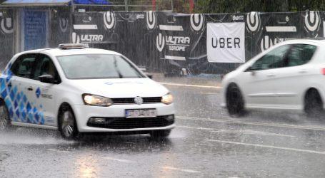 Nevrijeme u Makarskoj i Stonu, a Split u prometnom kolapsu