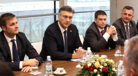 Premijer posjetio Jelsu i najavio investicije na Hvaru