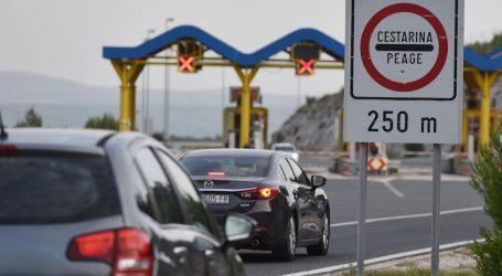 Na hrvatskim autocestama proteklog vikenda nešto više vozila nego lani