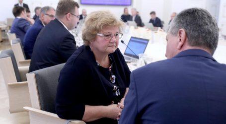 Murganić se u suzama oprostila od Vlade, posljednja sjednica i za Pejčinović Burić