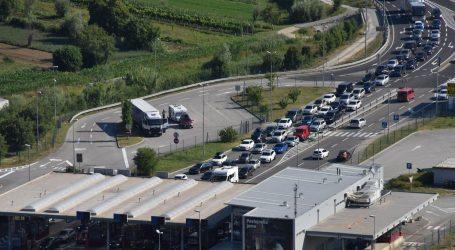 HAK upozorava na mokre kolnike, tijekom dana pojačan promet na autocestama