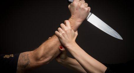 """Izrezao oca nožem na spavanju, brani se da ga je htio """"riješiti"""""""