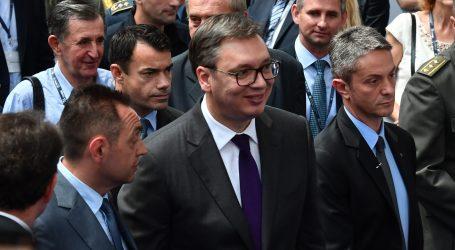 Vučić uz čestitke Borisu Johnsonu poručio se nada njegovu posjetu Srbiji