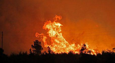 Požar i dalje aktivan, ali je zaustavljeno njegovo napredovanje