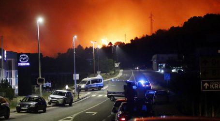 Policija poništila kaznu vatrogascu koji je kažnjen dok je gasio požar