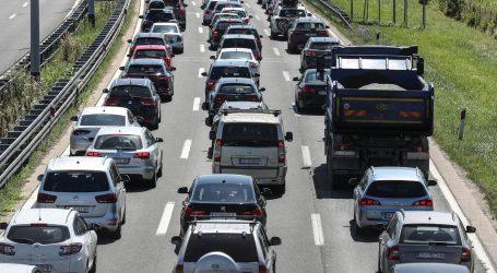Na autocestama za vikend nešto manji promet vozila nego lani