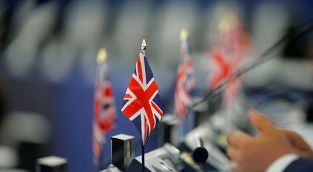 Britanski parlamentarci zakonima nastoje onemogućiti Brexit bez sporazuma