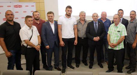 Podravka nagradila OPG-ove u vlasništvu hrvatskih branitelja i njihovih obitelji