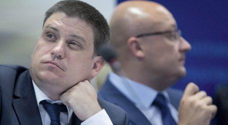 MINISTAR BUTKOVIĆ POKUŠAO svojem pro bono savjetniku kod Svjetske banke osigurati posao vrijedan 200.000 eura