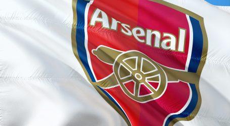 Koscielny odbio otputovati s Arsenalom na pripreme