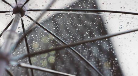 Promjenjivo s kišom, upozorenja zbog grmljavinskih pljuskova