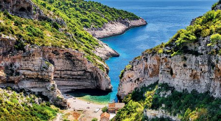 DOSSIER: Kako je propala hrvatska turistička strategija