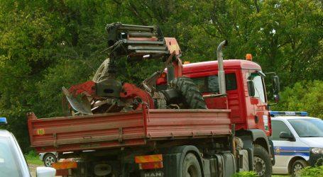 LIPIK Poginuo traktorist