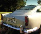 Prodan Aston Martin DB5 napoznatijeg britanskog agenta