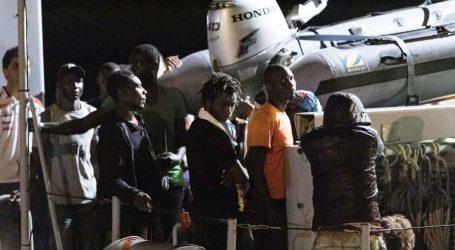 Broj migranata u grčkim izbjegličkim kampovima premašio 20 tisuća