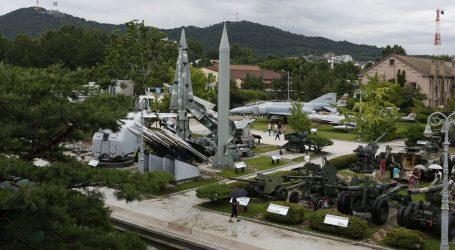 'PLATIT ĆE NAM ZA TO!': S.Koreja lansirala rakete zbog američko-južnokorejske vježbe