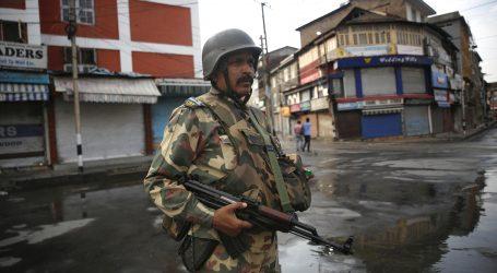 """Trump želi posredovati između Indije i Pakistana oko """"eksplozivnog"""" Kašmira"""
