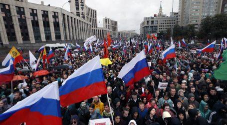Tisuće na prosvjedima u Moskvi, uhićena glavna aktivistkinja