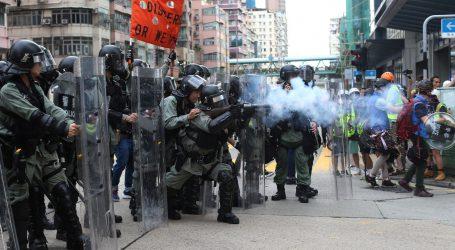 Čelnica Hong Konga ponovno podržala policiju, prosvjedi se nastavljaju