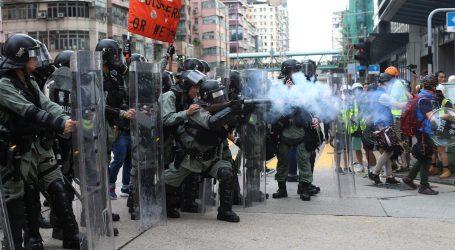 Prosvjednici u Hong Kongu nastavljaju s prosvjedima nakon nasilnog vikenda