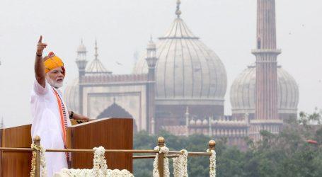 INDIJA SLAVI DAN NEOVISNOSTI: Modi u govoru naciji veličao ukidanje autonomije Kašmiru