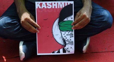 Tisuće prosvjeduju u Londonu zbog ukidanje autonomije Kašmira