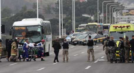 Četiri sata držao taoce u autobusu u Rio de Janeiru, ubili ga snajperisti